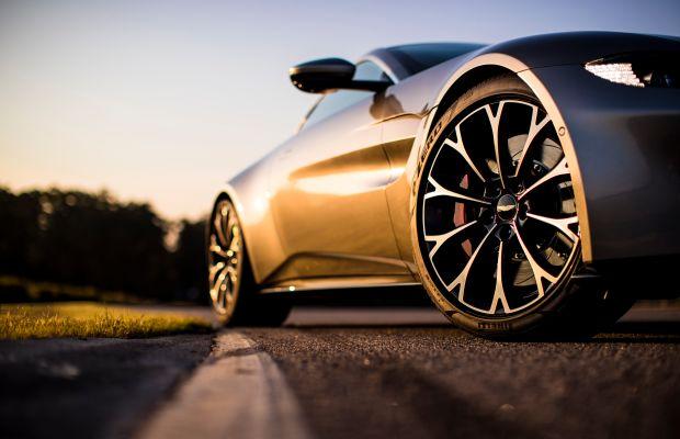 Aston Martin reveals the 2019 Vantage