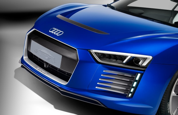 Audi R8 e-tron piloted driving technical concept car