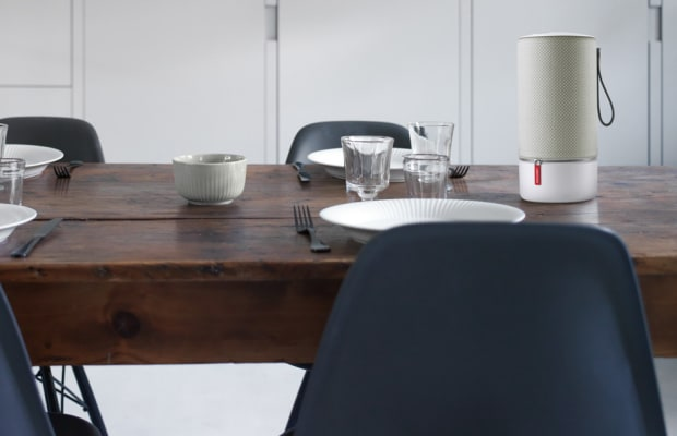 Libratone brings together acoustics and aesthetics with their Zipp Speakers