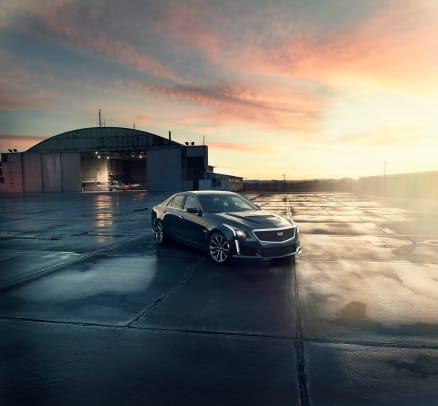 2016-Cadillac-CTS-V-Sedan-001.jpg