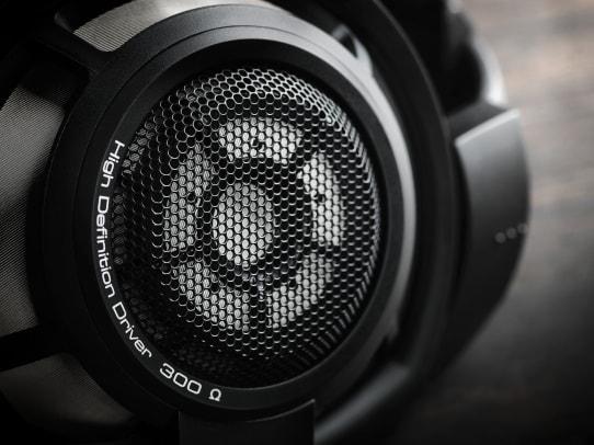 HD_800S_black_mood_07_RGB.jpg