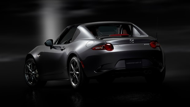 1Mazda_MX-5RF_showmodel_RQ_open_black.jpg
