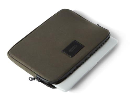 Laptop Sleeve Olive Drab, Side.jpg