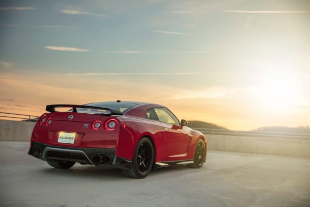 Nissan adds a new Track Edition GT-R to its 2017 lineup ...
