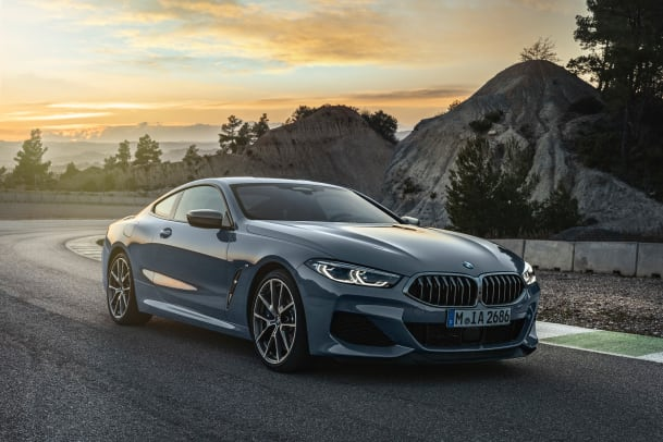 P90306631_highRes_the-all-new-bmw-8-se