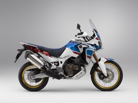 18 Honda Africa Twin Adventure Sports_Studio_Image_2