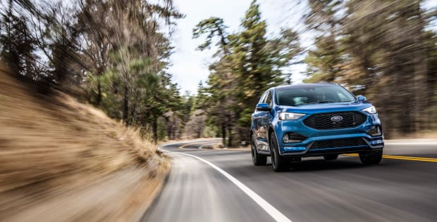 2019-Ford-Edge-ST-3