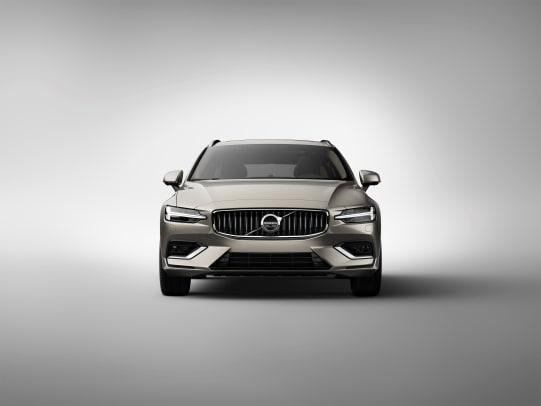 223561_New Volvo V60 exterior