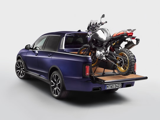 P90357089_highRes_the-bmw-x7-pickup-wi