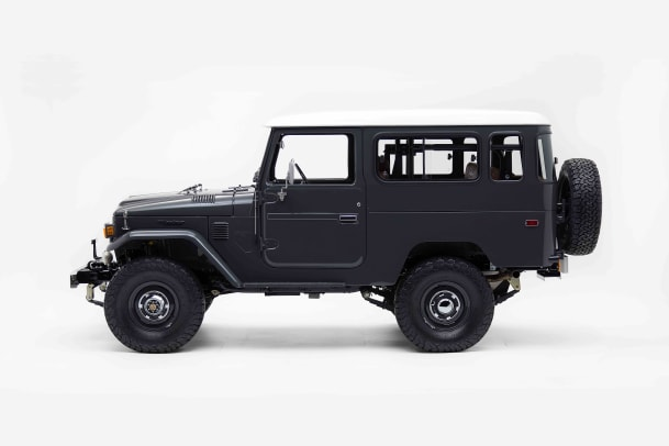 The-FJ-Company-1978-FJ43-Land-Cruiser---Slate-Gray-Studio_007