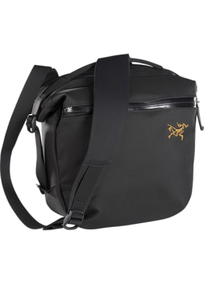 Arro-8-Shoulder-Bag-Black