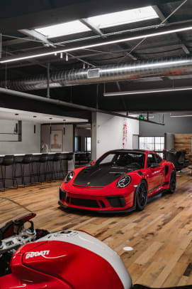 Auto Garage For Rent >> OTTO opens its massive, members-only car club in Scottsdale, Arizona - Acquire