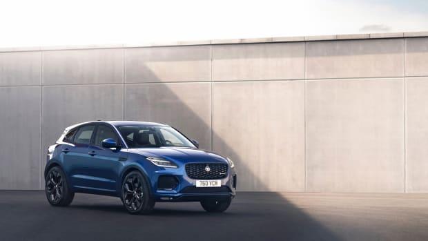 2021 Jaguar E-PACE_Blue_Front 3q