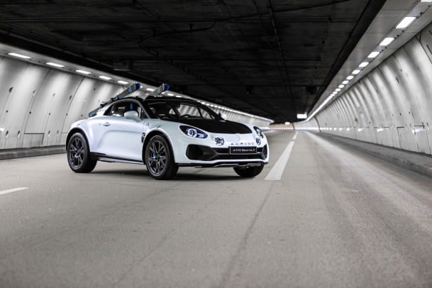 21238142_2020_-_Alpine_A110_SportsX_Show-car