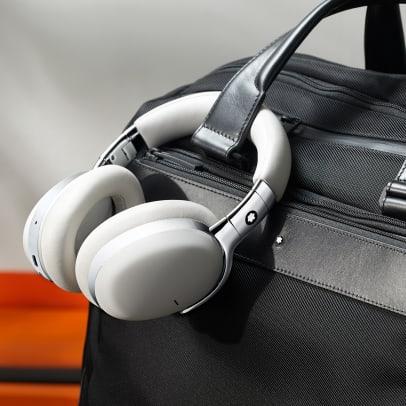 191223_Montblanc_Headphones_Shoot_Post3_new