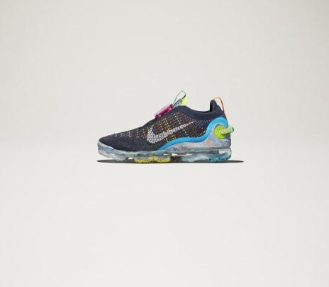 Nike_Sportswear_FA20_Air_VaporMax_Royal_Blue_02_96441