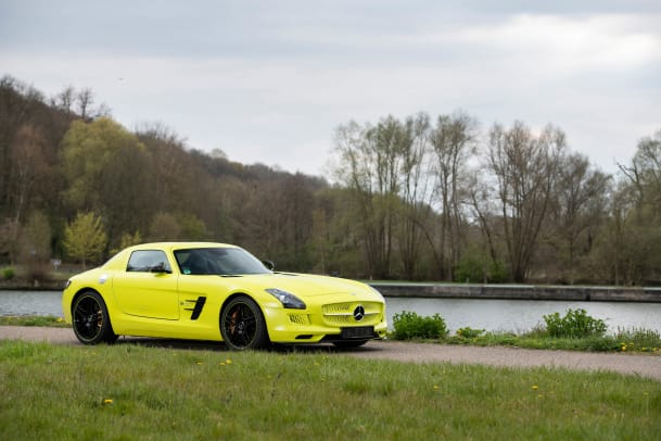 2013-Mercedes-Benz-SLS-AMG-Coupe-Electric-Drive-_0