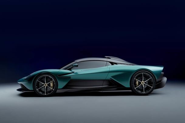 Aston Martin Valhalla_05