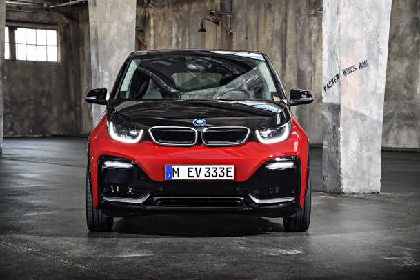 P90273554_highRes_the-new-bmw-i3s-08-2