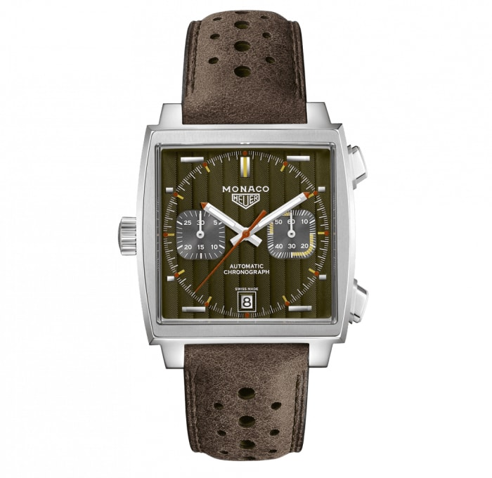 Tag Heuer kickstarts the 50th anniversary of the Monaco with a 1970s special edition
