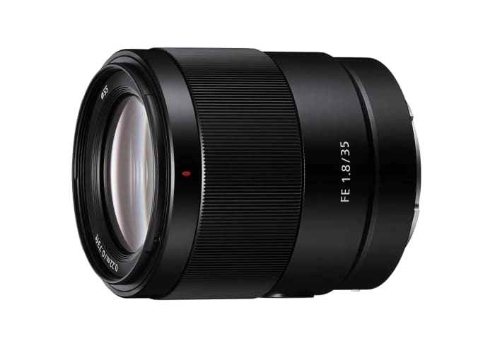 Sony's launches a new portable prime with the release of the FE 35mm F1.8