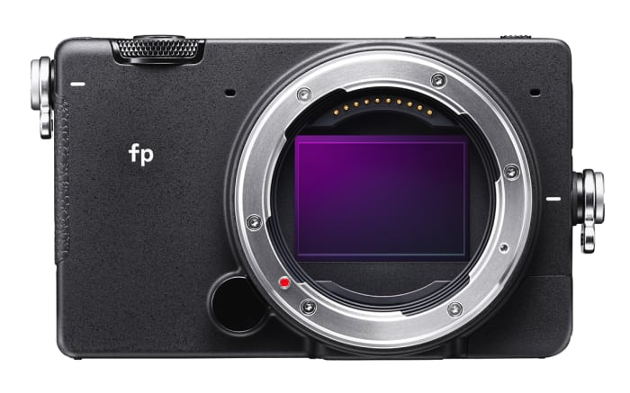Sigma reveals the smallest full-frame system camera in the world