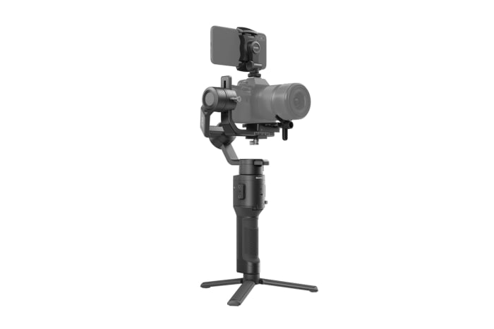 DJI builds the perfect gimbal for mirrorless cameras