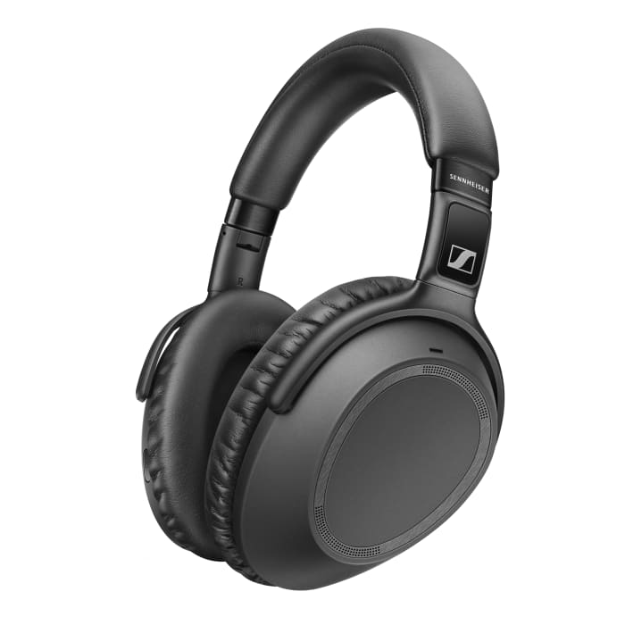 Sennheiser introduces its next-generation travel headphone, the PXC 550-II