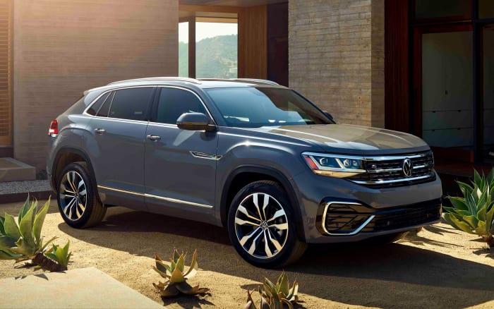 VW debuts the 2020 Atlas Cross Sport