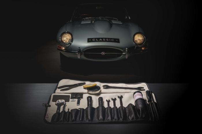 Jaguar Classic re-releases the original E-Type toolkit