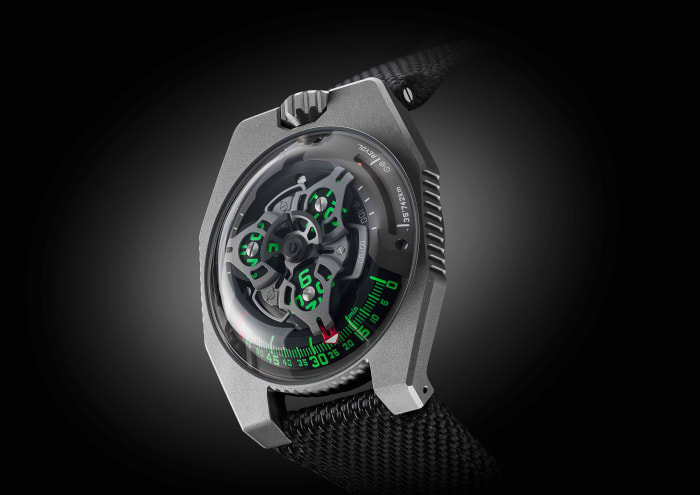 "Urwerk adds a new ""GunMetal"" finish to the UR-100"