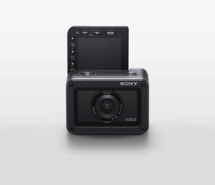 Sony launches the RX0 II