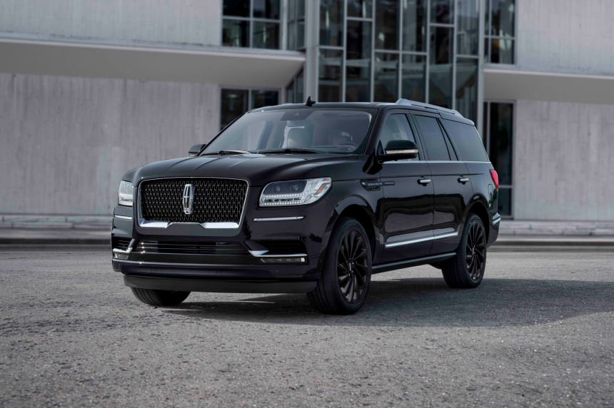 The 2020 Lincoln Navigator goes monochromatic and adds a feature every modern car should have