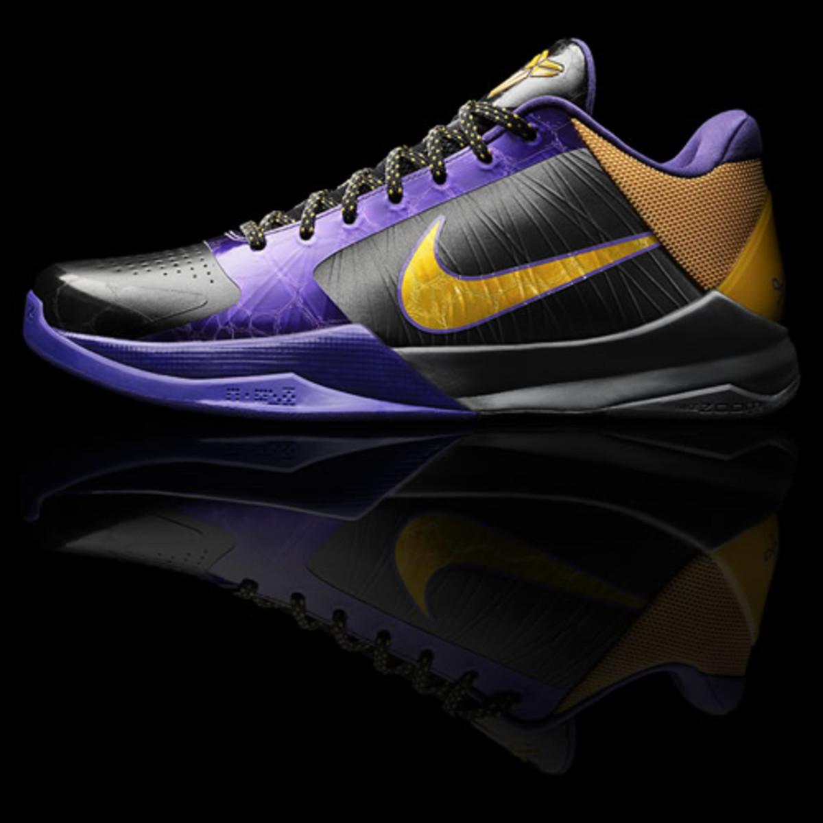 info for 48929 85f01 Riding high off his recent buzzer-beating win over the Miami Heat, Kobe has  taken this time between games to unveil his latest sneaker, the Zoom Kobe V.  ...
