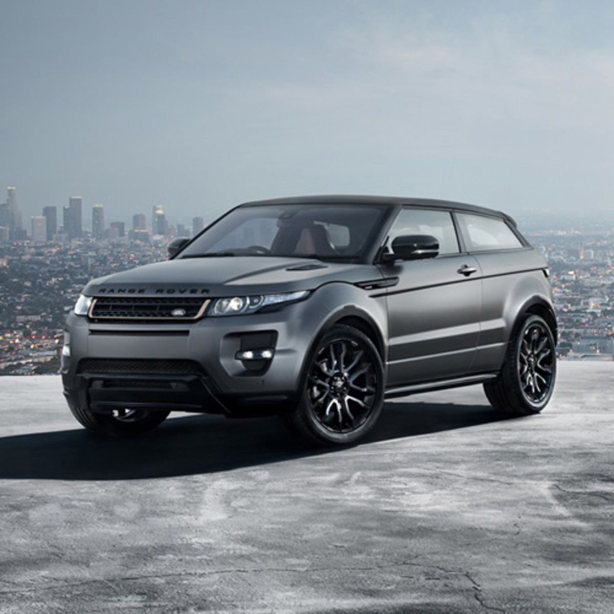 range rover evoque special edition by victoria beckham. Black Bedroom Furniture Sets. Home Design Ideas