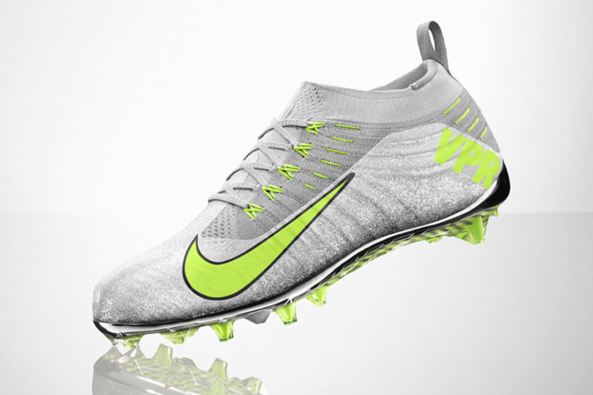1acc9fff8f68 Nike Vapor Ultimate Cleat - Acquire