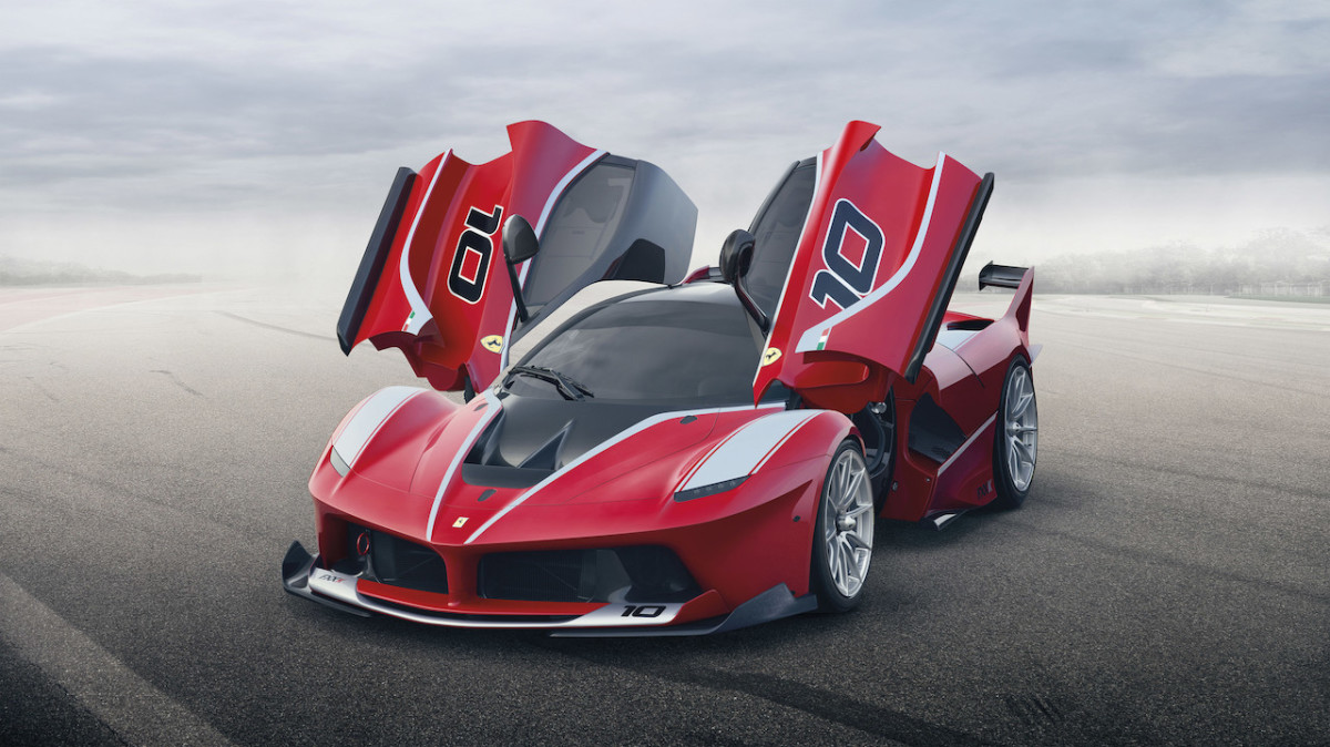 Photos: Ferrari