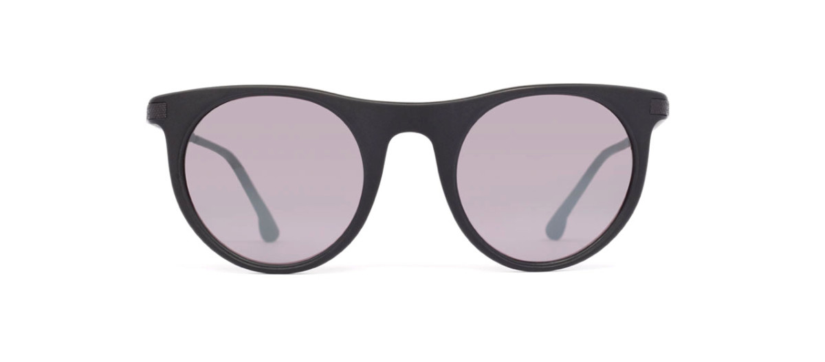 c3207332cf_rotation-sunwear-_0005s_0003_DARLINGTON - MATTE BLACK - rotation3.jpg