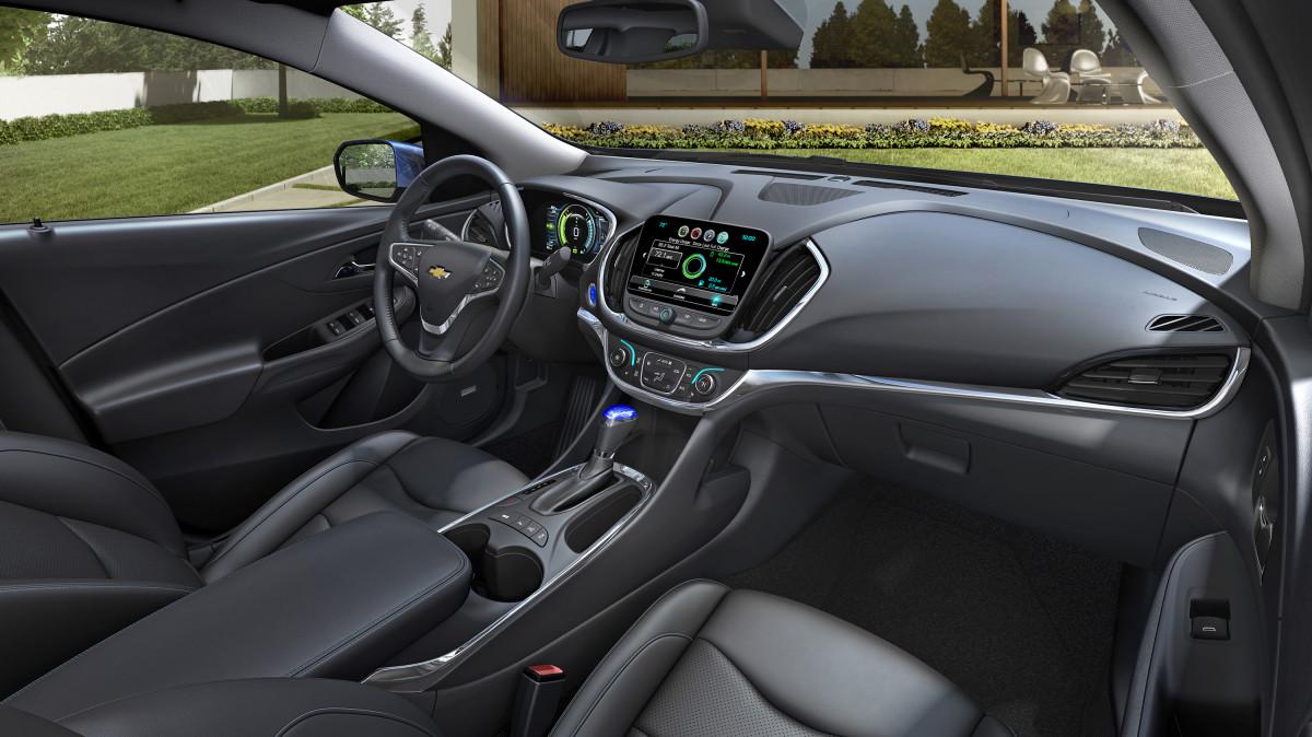 2016-Chevrolet-Volt-008.jpg