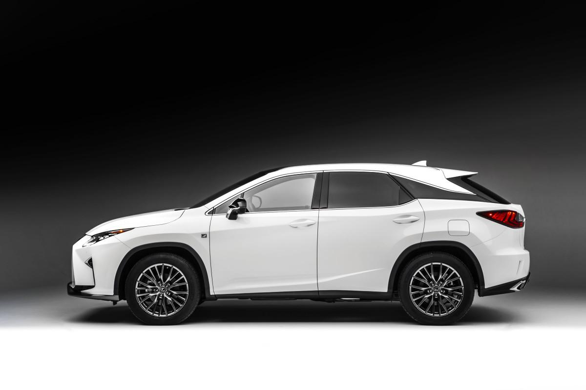 Photos: Lexus
