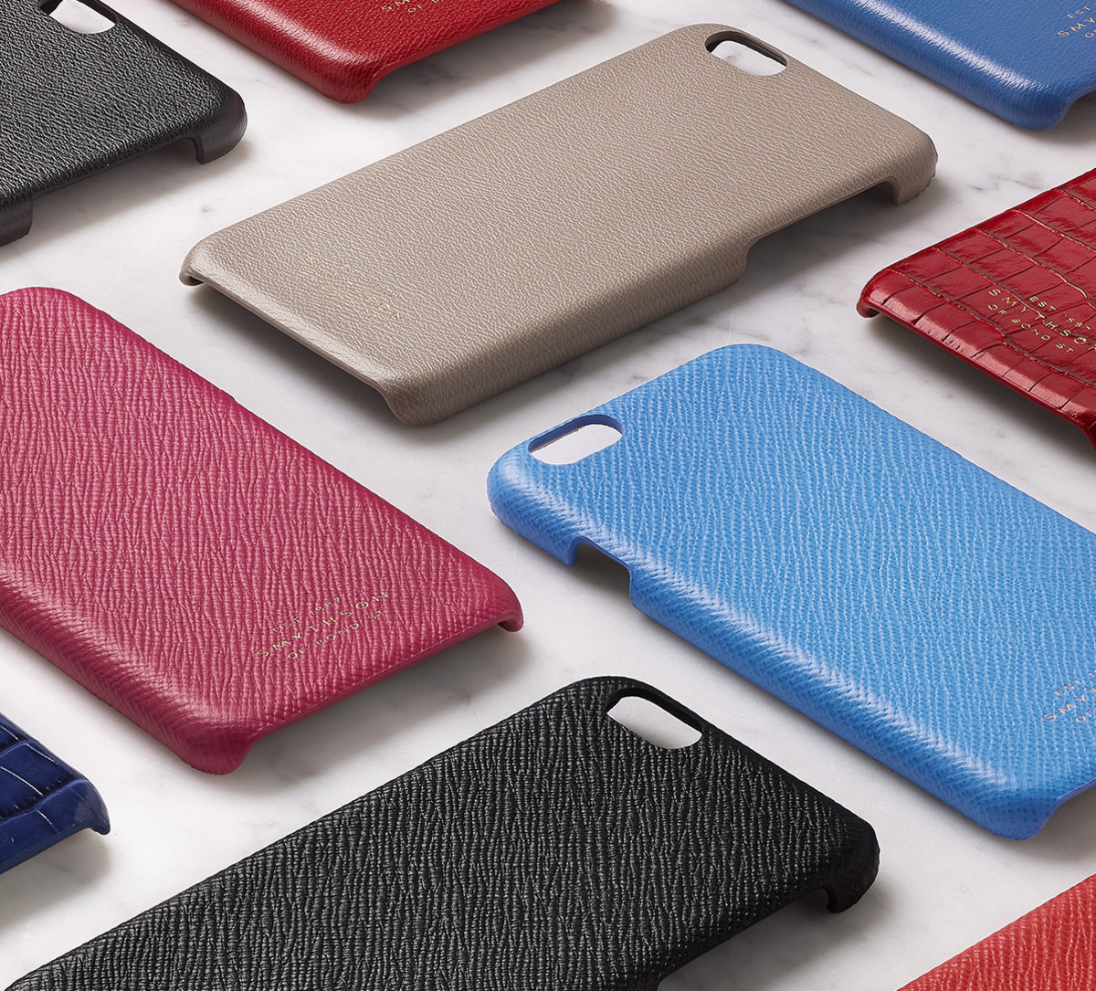 lowest price d615d efc9e Smythson dishes out some low-profile luxury for the iPhone 6 - Acquire