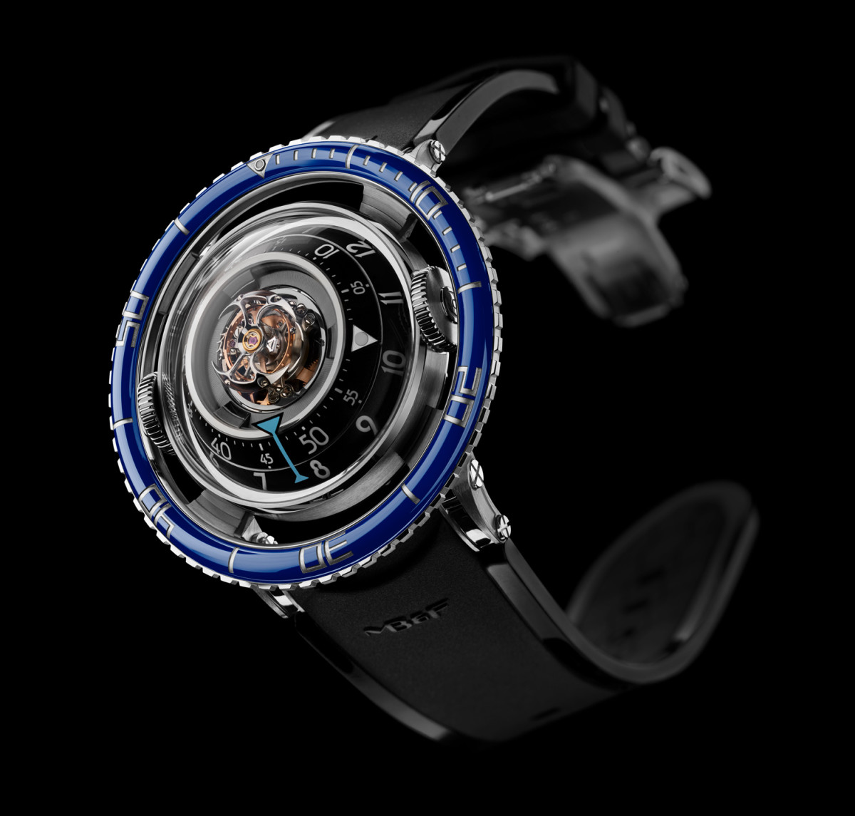 MB&F create their first dive watch, the HM7 Aquapod