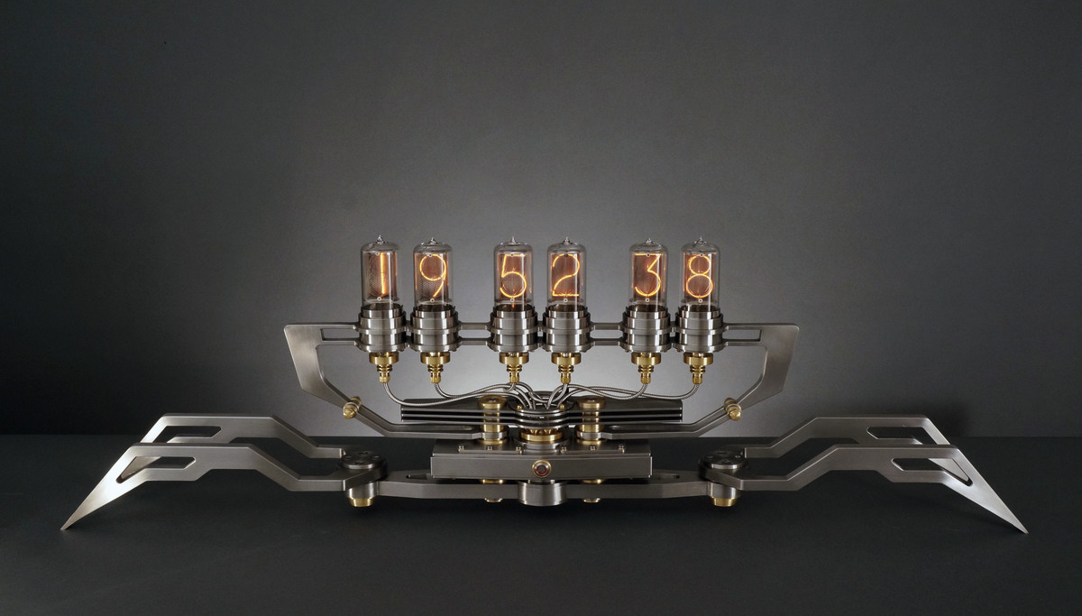 M.AD.Gallery Nixie Machine II