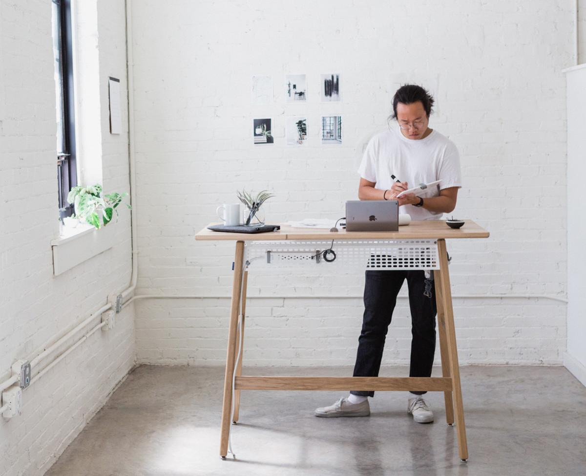 Artifox_Standing-Desk-02_Oak_07