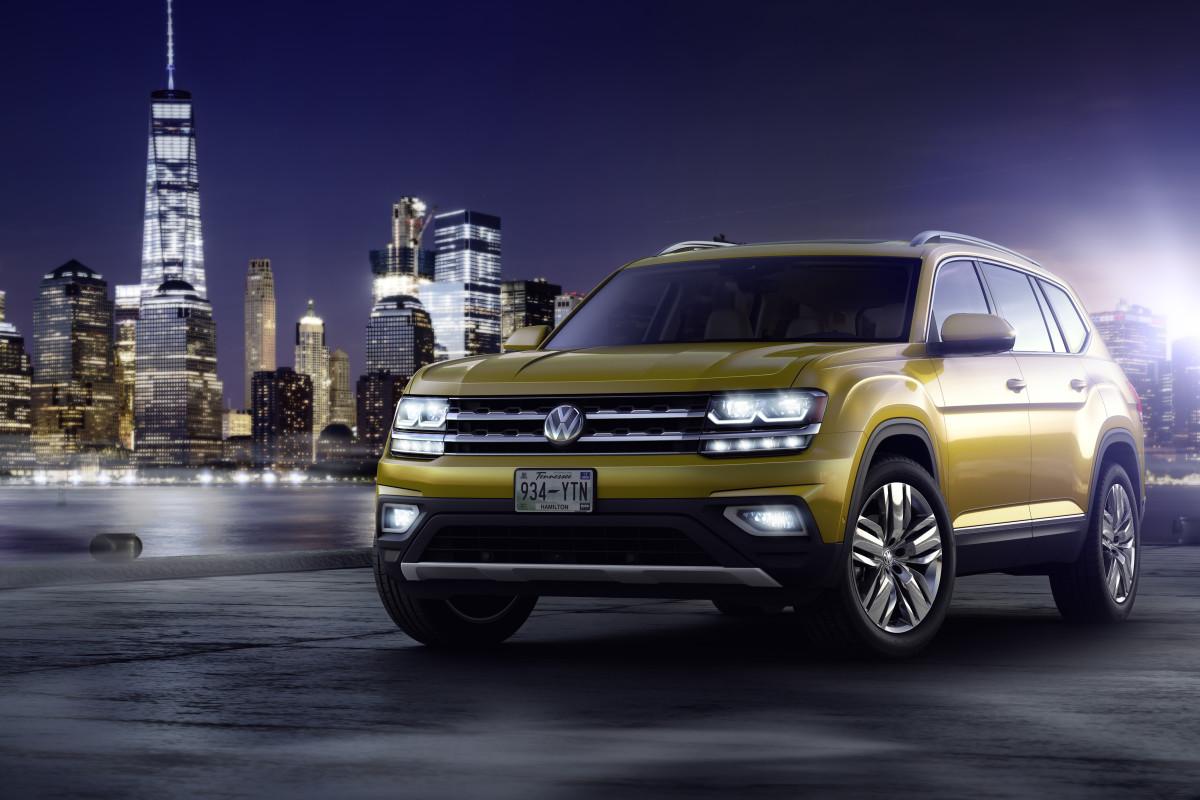 Volkswagen Atlas Front Profile