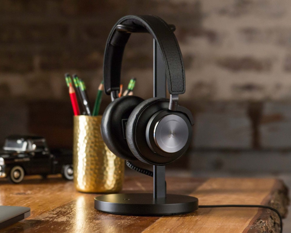 Twelve South Fermata Wireless Headphone Stand