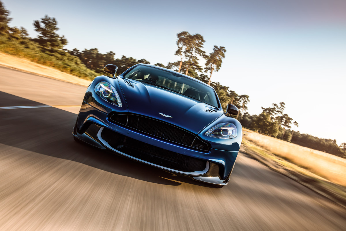 Aston Martin Vanquish S Front