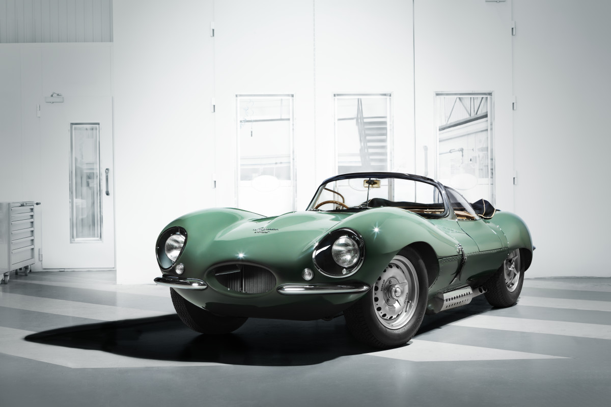 New Jaguar XKSS 3/4