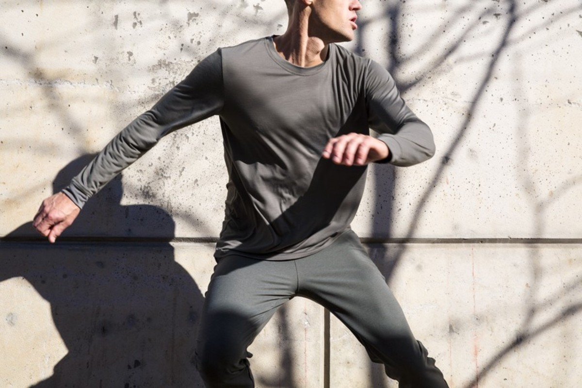 Outlier Runweight Long Sleeve Tee