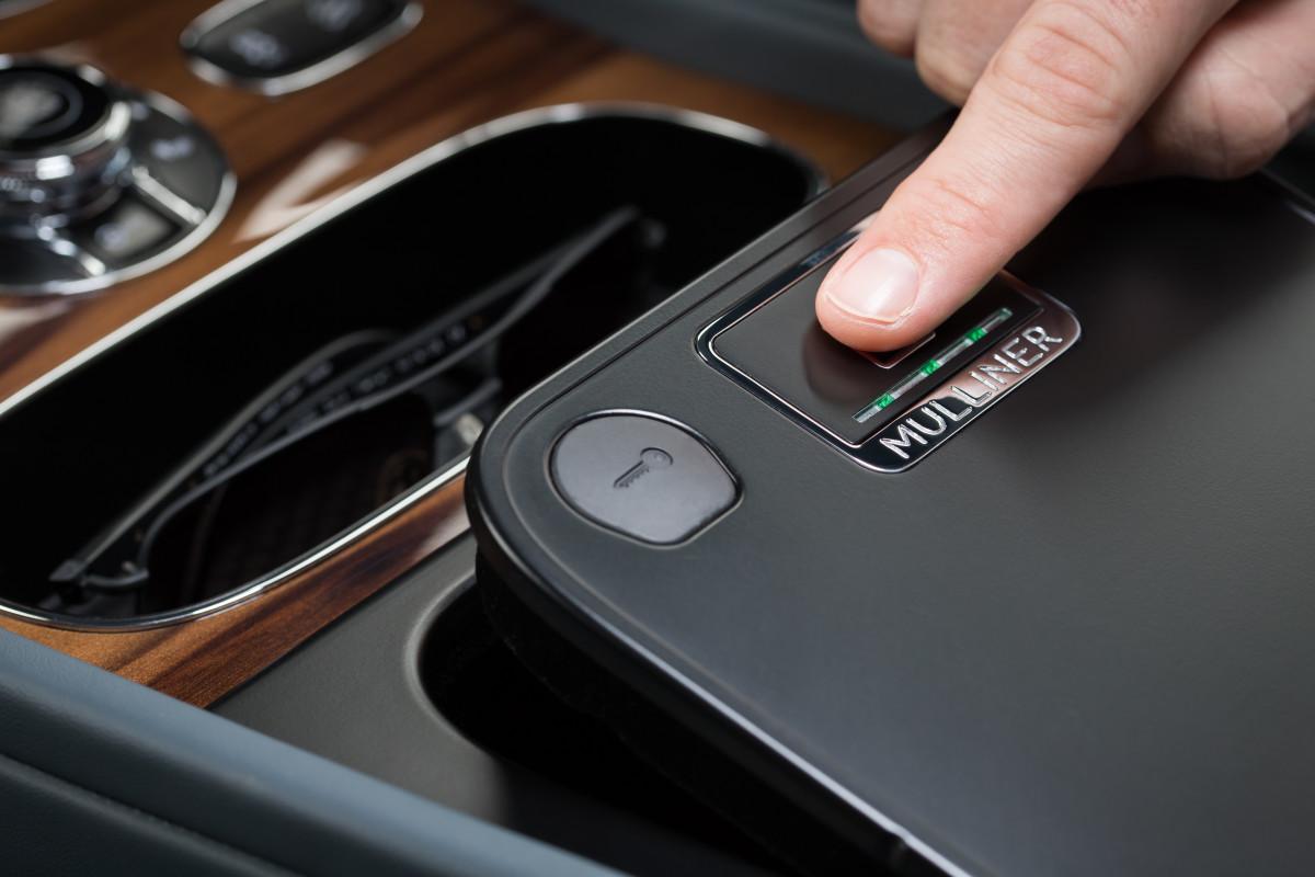 Bentley Bentayga Mulliner Biometric